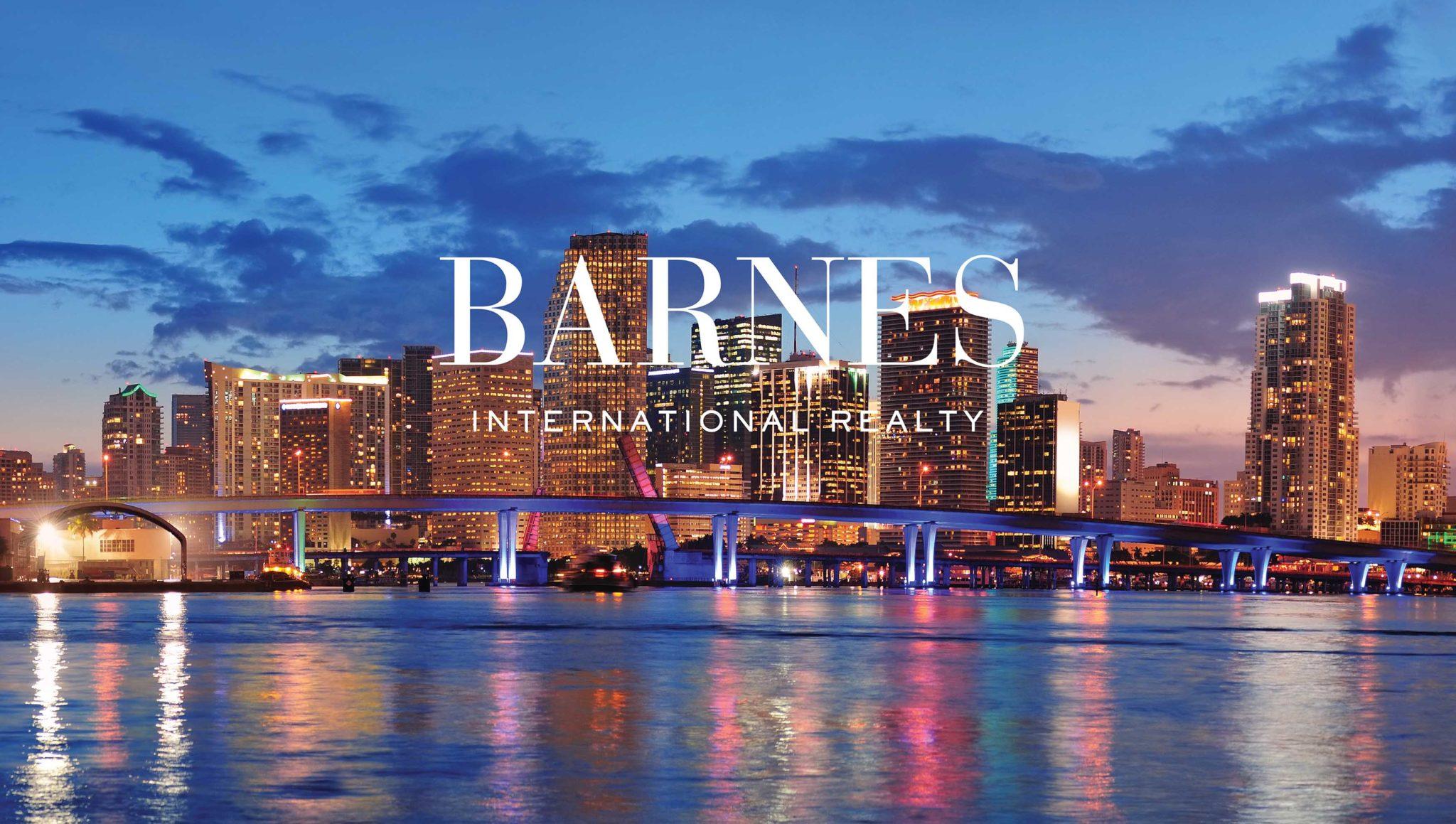 """Barnes Miami dans le journal """"Le Point"""""""