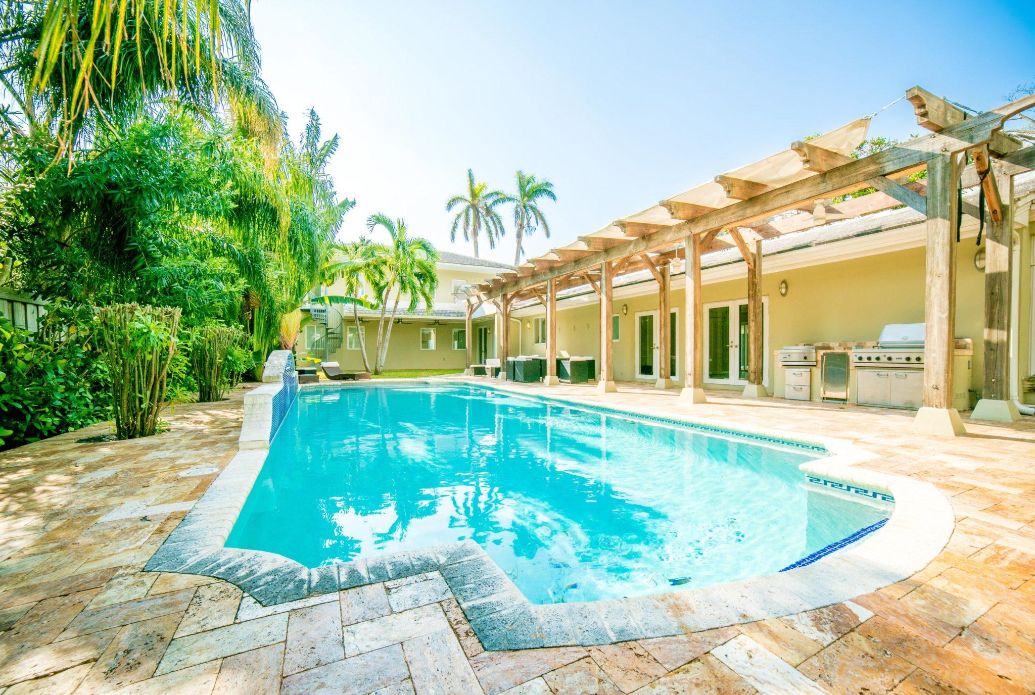 5 Maisons avec piscine à moins d'un million