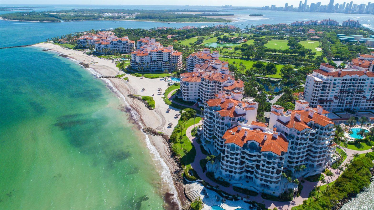 Vivre dans une résidence gardée à Miami Beach